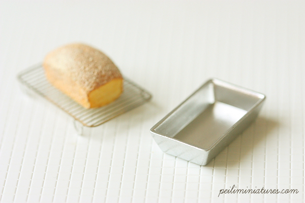 Dollhouse Miniature Pound Cake Pan