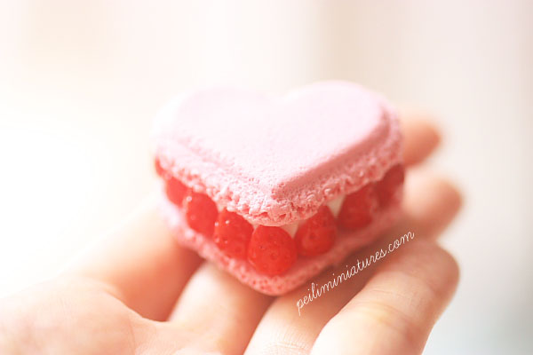Miniature Food Mold - Ispahan Macaron Mold