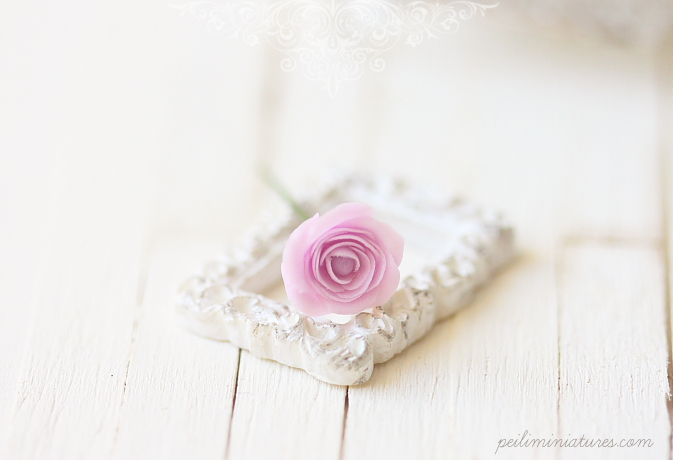 Dollhouse Miniature Flowers - Elegant Soft Violet Rose Single Stalk