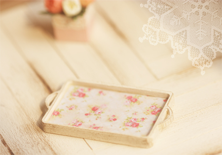 Dollhouse Miniature 1/12 Scale Shabby Chic Breakfast Tray-pei li miniatures, dollhouse miniature breakfast tray, shabby chic miniature tray, dollhouse tray, dollhouse miniature rose tray, dollhouse miniature kitchenware, one inch scale vintage tray