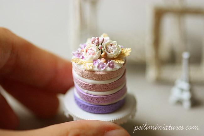 Dollhouse Miniature Food - Purple Ombre Flower Cake