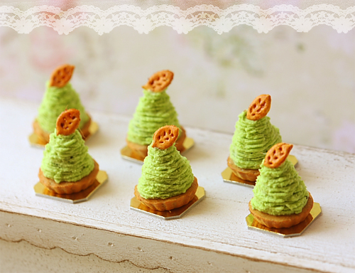 Miniature Dollhouse Food - Green Tea Mont Blanc Dessert in 1/12 Scale