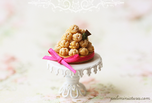 Dollhouse Miniature Food - Tarte Profiterole
