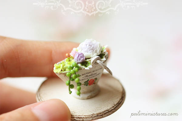 Dollhouse Miniature Flower Arrangement - Garden Secrets