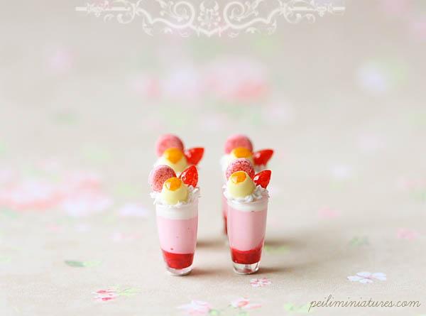 Dollhouse Miniature Desserts - Strawberry Mousse Cup Desserts-1:12 dollhouse miniatures,
