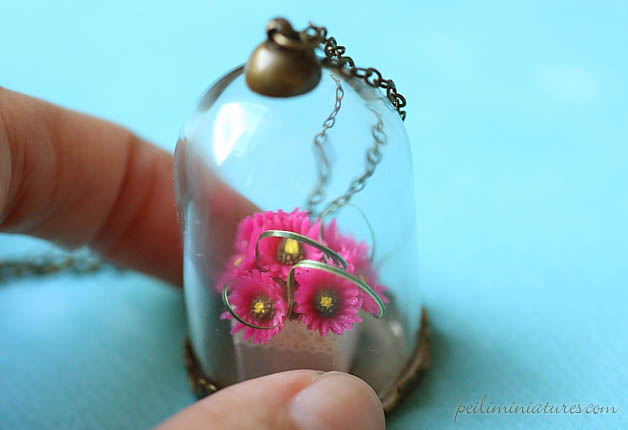 Gerbera Daisies Flower Terrarium Glass Necklace - Flower Jewelry