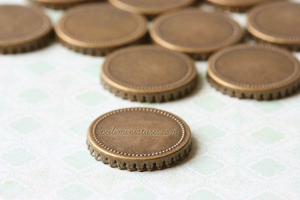 10 Antique Bronze Crown Lace Miniature Round Tray - 30mm wide