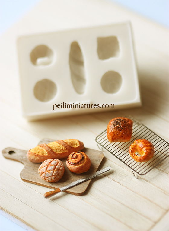 Miniature Clay Mold – Push Mold for Making Dollhouse Miniature 1/12 Scale French Breads