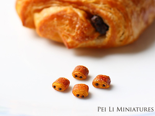 Dollhouse Miniature Food - Pain Au Chocolat