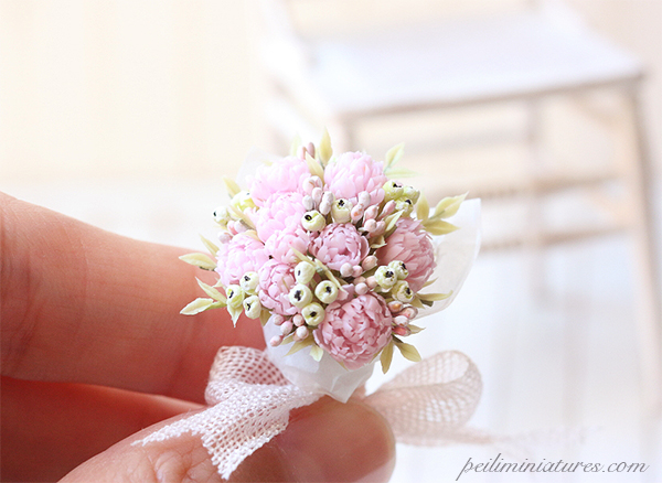 Dollhouse Miniature Flowers - Full Bloom Peonies