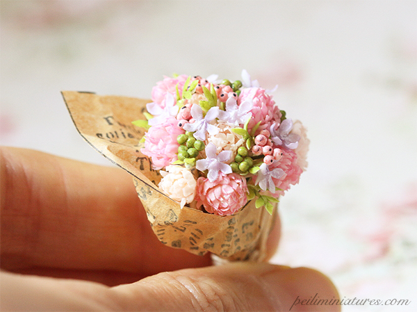 Dollhouse Miniature Flowers - Pink Whispers