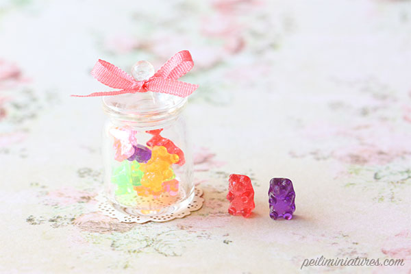 Dollhouse Miniature Food - Gummy Bears in Candy Jar