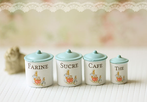 Dollhouse Miniature Kitchen Accessories- Kitchen Canisters in 1/12 Scale-dollhouse miniature canisters, dollhouse miniatures, miniature, dollhouse miniature singapore, shabby chic dollshouse, miniature shabby chic, shabby chic 1:12, shabby chic miniatures, dollhouse miniature kitchen, dollhouse kitchen accessories