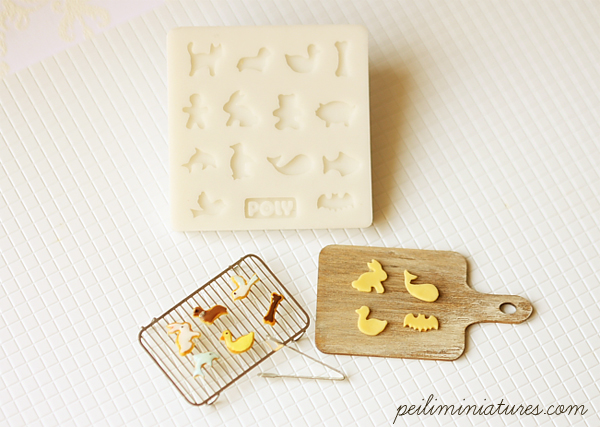 Miniature Clay Mold Push Mold for Dollhouse Miniature Animal Shape Cookies