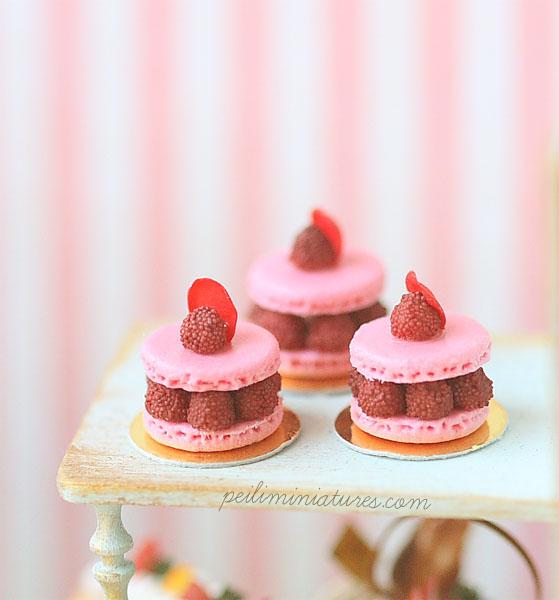 Dollhouse Miniature Food - Ispahan 1/12 Dollhouse Scale