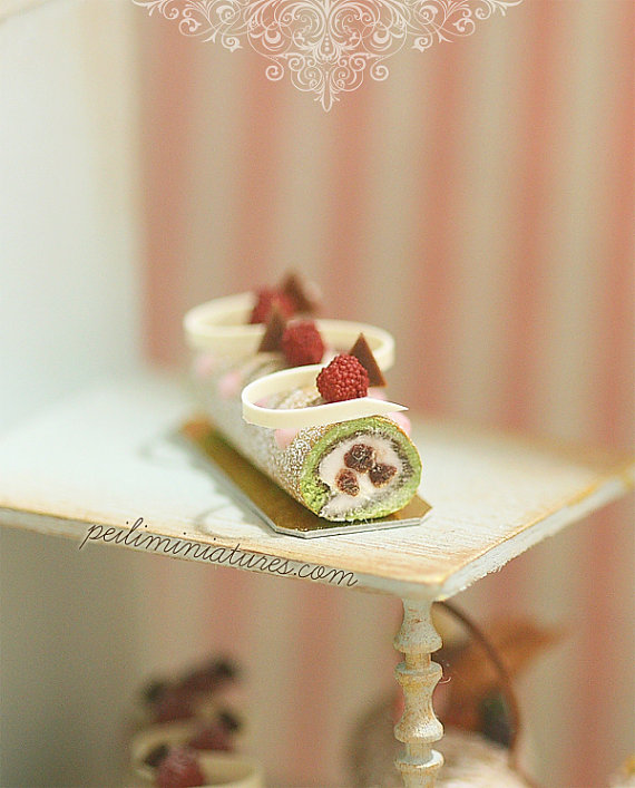 Dollhouse Cake - Matcha Green Tea Swiss Roll
