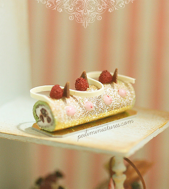 Dollhouse Cake - Matcha Green Tea Swiss Roll-dollhouse cake