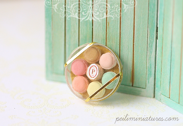 Miniature Food - Dollhouse Miniature Macarons in Round Clear Box