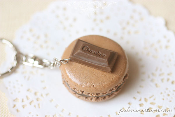 Food Jewelry - Chocolate Macaron Keychain-food jewelry, macaron keychain