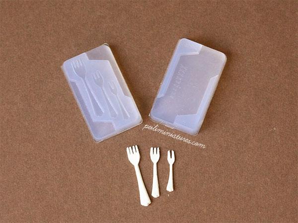 Miniature Clay Mold Push Mold for Fork-dollhouse miniature fork mold
