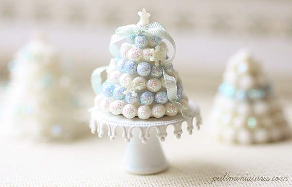 Dollhouse Miniature White Christmas Cake Tower