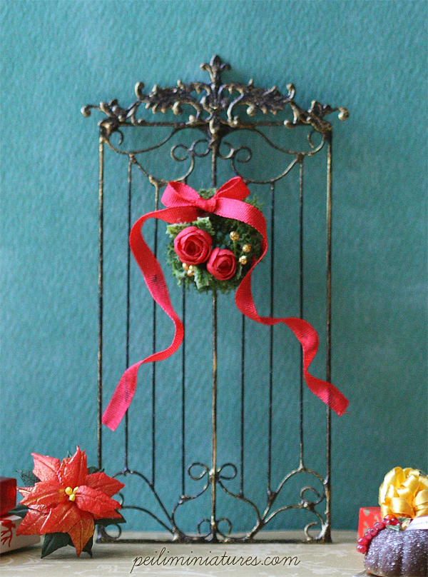 Dollhouse Miniature French Style Christmas Wrought Iron Grill Fence-Dollhouse miniature christmas