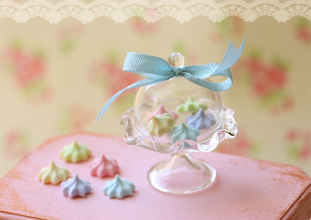 Miniature Dollhouse Food - Elegant Pastel Meringues in 1/12 Scale-miniature dollhouse food, dollhouse food, dollhouse miniatures, miniatures, pei li miniatures