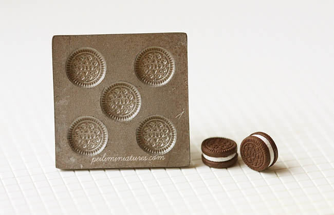 Dollhouse Miniature Cookies and Cream Mold
