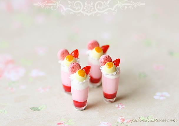 Dollhouse Miniature Desserts - Strawberry Mousse Cup Desserts