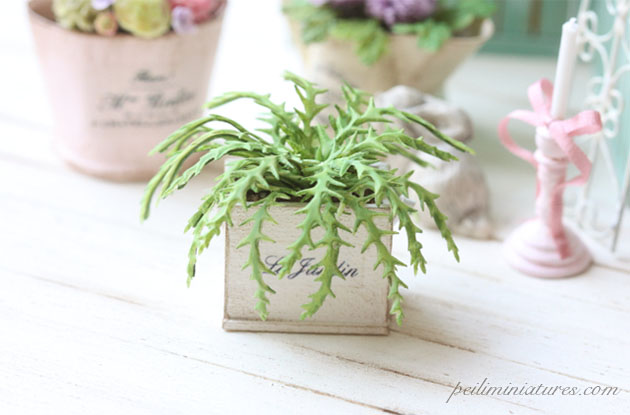 Dollhouse Miniature Flowers - Green Fern in Shabby Pot-Dollhouse Miniature Flowers, dollhouse miniature plants