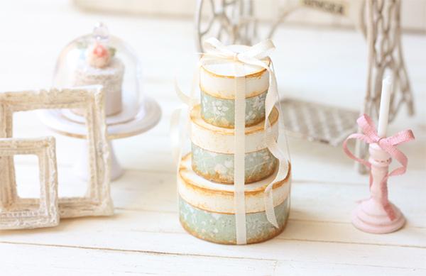 Dollhouse Miniature Soft Sage Round Victorian Gift Boxes