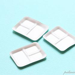Dollhouse Miniature Plastic Food Trays - Set Meal Trays