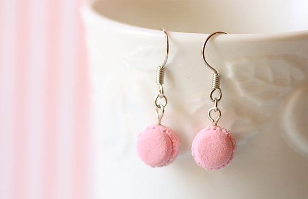 Dangling Earring - Sweet Pink Macarons-food jewelry, macaron jewelry, macaron earrings, dangling earring