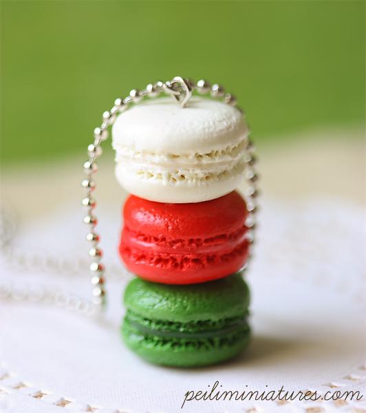 Macaron Jewelry - Trio Macarons Necklace - Christmas Macarons