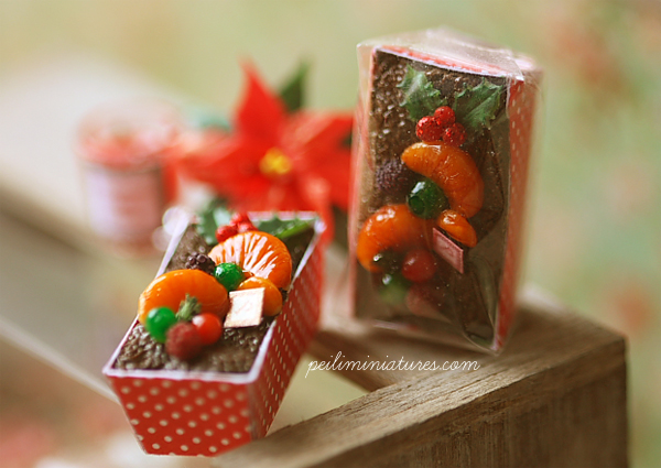 Dollhouse Miniature Food - Traditional Christmas Fruitcake-dollhouse miniature food, dollhouse miniature christmas fruitcake,