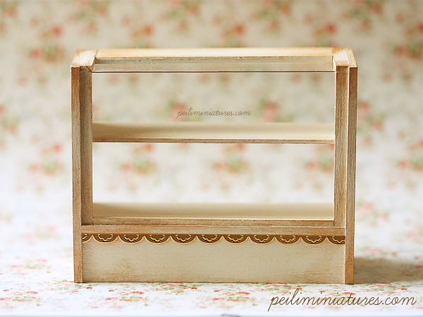 Dollhouse Miniature Antique Cream Cake Display Shelf-dollhouse miniature bakery, dollhouse miniature cake display shelf