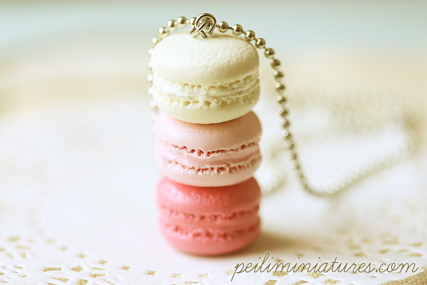 Macaron Jewelry - Trio Macarons Necklace - Pink Sweetie