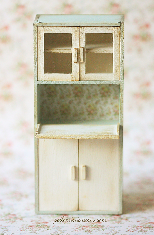 Dollhouse Furniture Kitchen - Kitchen Cabinet - 1/12 Dollhouse Miniature Scale
