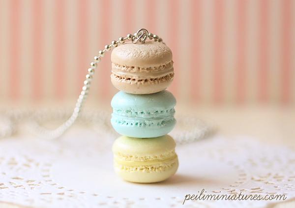 Macaron Jewelry - Trio Macarons Necklace - Softly Spring Macarons